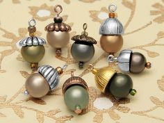 Little Acorn Charms ~ Free design idea from the Artbeads Learning Center