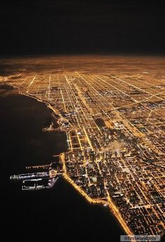 A pic of Chicago city taken from an plane   http://www.chicagolocksmiths.net