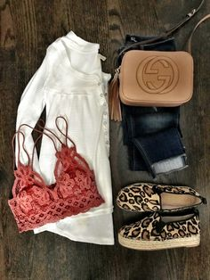 IG: @mrscasual   White top, coral bralette, jeans, leopard espadrille flats, & Gucci crossbody