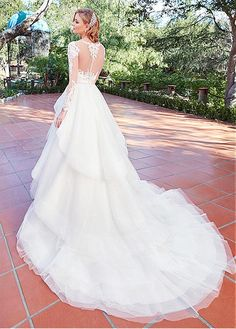 Buy discount Elegant Tulle & Satin Scoop Neckline A-Line Wedding Dresses With Lace Appliques at Dressilyme.com