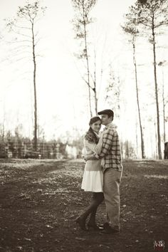 vintage couple's portrait photography - #blackandwhite #retro #rustic #winter - north carolina #southern engagement photographers