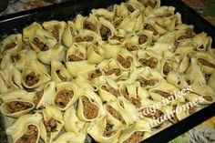 Κοχύλια γεμιστά με κιμά Cookbook Recipes, Cooking Recipes, Cooking Pasta, How To Cook Pasta, Pasta Salad, Macaroni And Cheese, Food And Drink, Ethnic Recipes, Greek Recipes