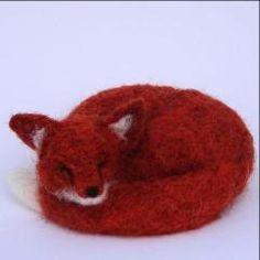 Sleeping Fox Needle Felt Kit - makes 2 sleeping foxes Needle Felting Kits, Needle Felted Animals, Felt Animals, Sleeping Fox, Foxes, Three Dimensional, Crafty, Wool, Fox