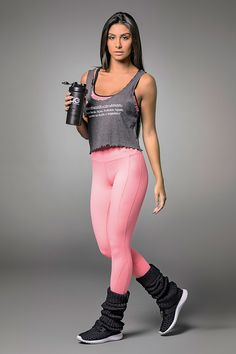 Alto Mango Textured Legging is a unique textured legging with wide waistband. Light weight with no see thru finish. Made in Supplex SPF Womens Workout Outfits, Sport Outfits, Gym Clothes Women, Lifestyle Clothing, Workout Gear, Athleisure, Fit Women, Mango, Sporty