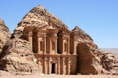 Petra, firstly acknowledged to its inhabitants as Raqmu, is a ancient and archaeological city in southern Jordan. Petra lies on the hill of Jabal al-Madbah. Israel Travel, Egypt Travel, New Seven Wonders, Wonders Of The World, Amman, Tenerife, Petra Tours, Grande Route, Jordan Tours