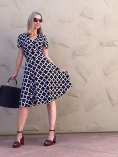 Karina Dresses, best dress for pear shape, how to dress a pear shape, retro dress, easy dress, wrinkle free dress, the Megan, fashion over 40, easy style
