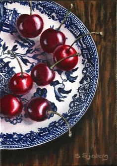Cherries on Blue Willow Plate - Susan Sjoberg Types Of Fruit, Fruit And Veg, Still Life Fruit, Food Painting, Willow Pattern, Blue And White China, China Plates, Cherries, Tea Cups
