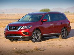 Nissan have unveiled their 2017 Pathfinder at a ceremony in Dallas, Texas revealing a new look, a new engine and advanced driver assistance and safety features. The updated Pathfinder boasts a new litre [. Nissan Suvs, New Nissan, 2017 Nissan Pathfinder, Jeep Grand Cherokee Laredo, Nissan Rogue, Luxury Suv, New Engine, Digital Trends, Cars