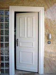 Puerta acorazada mod forstyl de fichet especial para vivienda unifamiliar o chalet con - Puerta acorazada madrid ...