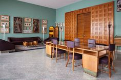 The sequence of the Circolo dei Professori bears the unmistakable mark of Gio Ponti, becoming an anthology of details and gallery of works of art in the Sala di Lettura. Photo by Massimo Pistore