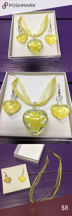 Murano glass necklace and earring set! Murano glass Jewelry Necklaces