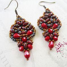 Boucles d'oreilles tissées forme navette, rouge travertin, bordeaux, gris