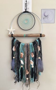 DIY Home Decor tip id 6695469292 - Positively delightful decor tips for that really marvelous arrangement. Dream Catcher Craft, Dream Catcher Boho, Diy Dream Catcher For Kids, Lace Dream Catchers, Dream Catcher Native American, Diy Home Decor Easy, Wholesale Home Decor, Teal And Grey, Chunky Wool