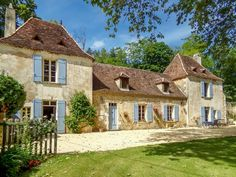 Parisian Apartment, Paris Apartments, Aquitaine, Rural House, British Countryside, Open Fireplace, French Property, Dordogne, French Farmhouse