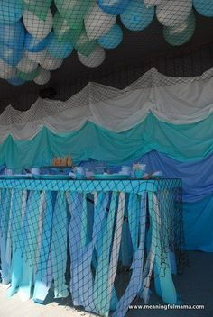 LOVE the balloons under the decking!!  A total under the sea feel!!