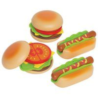 Hape Hamburgers & Hotdogs Set $31.95 www.mamadoo.com.au #mamadoo #woodentoys