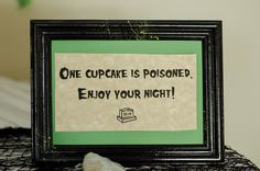 'One cupcakes is poisoned' sign on @offbeatbride