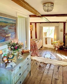 Cozy Cottage, Cottage Homes, Cozy House, Cottage Style, Cozy Room, Home And Deco, Farmhouse Design, Decoration, My Dream Home