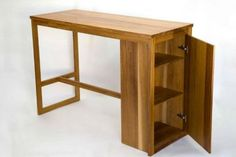 Oak desk 105 cm blat usa push-to-open Solid Oak Furniture, Oak Desk, Usa, Table, Home Decor, Atelier, Decoration Home, Room Decor, Tables