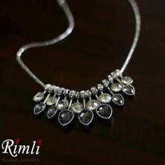 A must-have casual neck-piece. Oxidised Jewellery, Neck Piece, Statement Jewelry, Sustainable Fashion, Everyday Fashion, Jewelry Design, Minimalist, Chain, Diamond