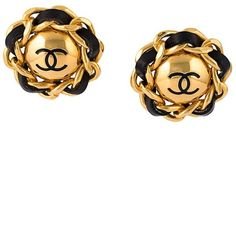 Chanel Vintage Logo Clip-on Earrings ($917) ❤ liked on Polyvore featuring jewelry, earrings, metallic, clip earrings, chanel jewellery, logo jewelry, metallic jewelry and vintage clip earrings