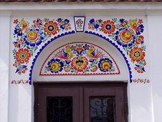 Folk Art Flowers, Flower Art, Outside House Paint, Polish Folk Art, Wall Decor, Wall Art, House Painting, True Colors, Art Photography