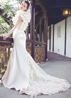 abito da sposa Yumi Katsura 2013 Taiyou con bolero Kumo