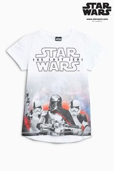 Buy White Star Wars™ Movie T-Shirt from the Next UK online shop Cartoon T Shirts, Movie T Shirts, Boys T Shirts, Uk Fashion, Latest Fashion For Women, Comic Clothes, Disney Boys, Disney Outfits, Disney Clothes