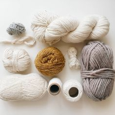 """""""Choosing yarn to remake one of my favorite weaves. A mix of wool, cotton and silk with a neutral palette.  #yarnlove #yarnstash"""""""