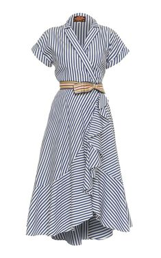This **Lena Hoschek** Carolina Wrap Dress features short sleeves with a v-neckline and shirt dress silhouette. Source by lmchellsen Dresses Simple Dresses, Casual Dresses, Casual Outfits, Fashion Dresses, Wrap Dresses, Dresses For Work, Dress Skirt, Dress Up, Shirt Dress