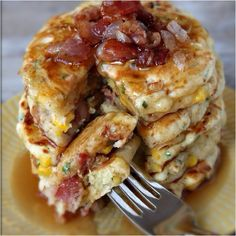 Bacon pancakes with maple syrup!!!! #pancakes #bacon #food #foodporn