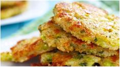 Zucchini and rice cakes - Vegan - # Vegetable Pancakes, Broccoli Fritters, Zucchini Puffer, Vegetarian Cake, Rice Cakes, Antipasto, Salmon Burgers, Food Dishes, Food And Drink
