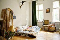 Theresa Martinat's apartment (via Moon to Moon)