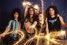 Van Halen by Lynn Goldsmith Eddie Van Halen, Alex Van Halen, David Lee Roth, Sound Of Music, I Love Music, Lynn Goldsmith, Red Rocker, Sammy Hagar, Glam Metal