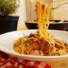 Spaghete bolognese