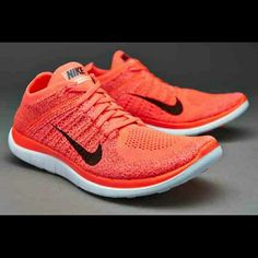 Nike  4.0 Flyknit shoes New without box.    PRICE FIRM! !!!   Rude coments or lowballs will be block ***  NO TRADES   Cheaper  on M E R C A R I ***** Nike Shoes Athletic Shoes
