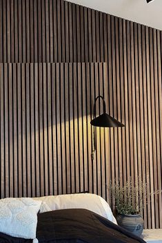 My new favorite example of a head board made from Akupanels! 👏 🤩 Mineral Wool, Sustainable Forestry, Sound Absorbing, Slat Wall, Wooden Slats, Acoustic Panels, Recycle Plastic Bottles, Made Of Wood, Something Beautiful