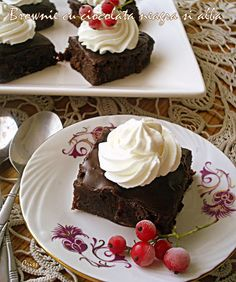 Arome si culori : Brownie cu ciocolata neagra si alba
