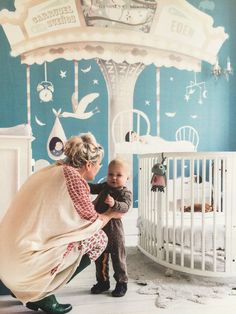 Amazing #personalised #wallpaper #nursery ! #carrousel Image: Kek Wonen | TresTintas