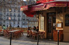Perfect morning in the city ~ Brasserie Sorbets Berthillon