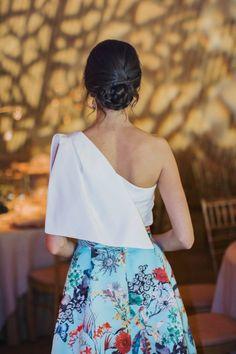 Invitada boda tarde noche falda estapada volumen Apparentia Elegant Dresses, Pretty Dresses, Chic Outfits, Classy Outfits, Fiesta Outfit, Girl Fashion, Fashion Dresses, Womens Fashion, Indian Designer Wear