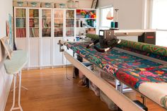 Eight Things to Know About Longarm Quilting | Sew Mama Sew | Outstanding sewing, quilting, and needlework tutorials since 2005.