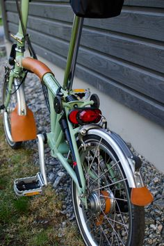 My custom Brompton H6L This is my ride; a sage green Brompton H6L (extended handlebars, six gears, fenders, no rack) fitted with dynamo powe...