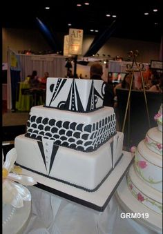 Art Deco Groom's Cake
