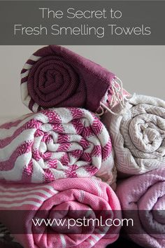 The Secret to Fresh-Smelling Towels - how using baking soda and vinegar will give you the cleanest smelling towels ever!