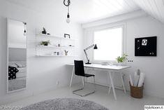 Työhuone - Sisustuskuvia jäseneltä designwash - StyleRoom Home Office Setup, Home Office Space, Home Office Design, Home Interior Design, Small Room Bedroom, Bedroom Decor, Home Office Inspiration, Office Furniture Design, Minimalist Room
