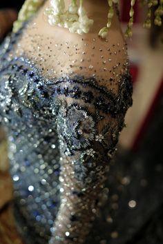 Ideas embroidery designs fashion modern for 2019 Kebaya Lace, Kebaya Brokat, Batik Kebaya, Kebaya Dress, Embroidery Fashion, Embroidery Dress, Indonesian Kebaya, Model Kebaya, Saree Wedding