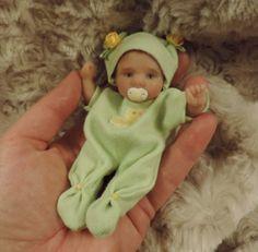 034-Xoe-034-mini-4-25-034-polymer-clay-art-baby-doll-sculpt-OOAK-by-URSULA