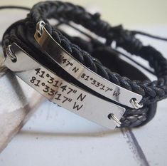 ##The price is for only one bracelet## Custom Long Distance Relationship Bracelets, coordinate couples Bracelets, matching couples, matching bracelets for boyfriend and girlfriend I can custom the orders for you. The materials of metal plates is Titanium, no oxidation or scratch, but at mirror Anniversary Gifts For Couples, Boyfriend Anniversary Gifts, Birthday Gifts For Boyfriend, Boyfriend Gifts, Bracelets For Boyfriend, Couple Bracelets, Unique Bracelets, Handwritten Bracelet, Long Distance Relationship Bracelets