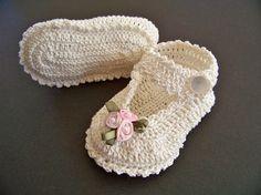 Crochet botines Mary Jane 0 3 meses. por tlccrochet en Etsy                                                                                                                                                                                 Más